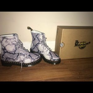 Doc martens BRAND NEW OUT OF BOX